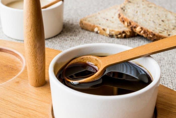 القيمة الغذائية للعسل الأسود